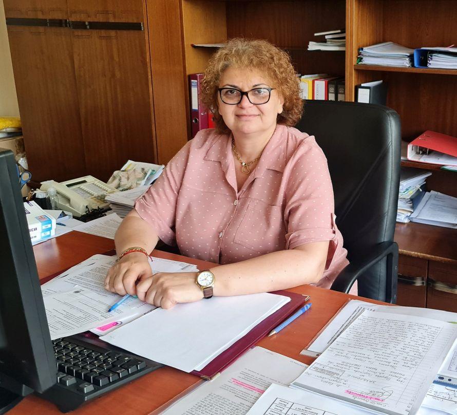 Калина Георгиева, секретар на Община Добрич