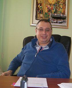 Иван Великова